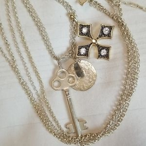 Jewelry - Silver Gold Key Chinese Star Rhinestone Necklace